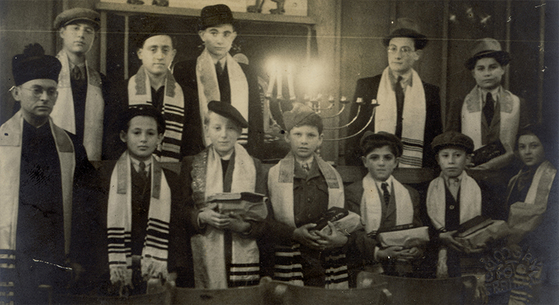 Rabbi Gottshall with Bar Mitzvah boys orphaned during the war, 1945, courtesy Eva Wittenberg and Alex Gottshall