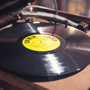 Jukebox Jewkbox! A Century on Shellac and Vinyl