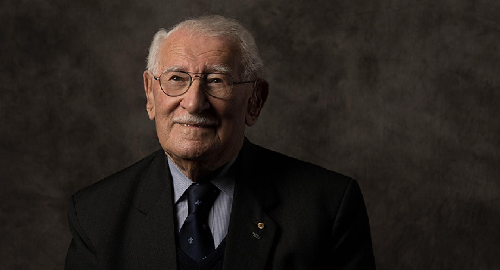 Photograph of Holocaust survivor Eddie Jaku smiling